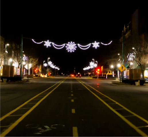 Picture of Downtown Clinton, Iowa's main street on Christmas